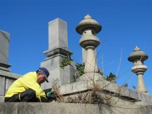 【ふるさと納税 】大竹市内の墓地一区画の清掃の代行-01